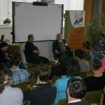 Kai Kabs-Ballbach moderiert das Podiumsgespräch